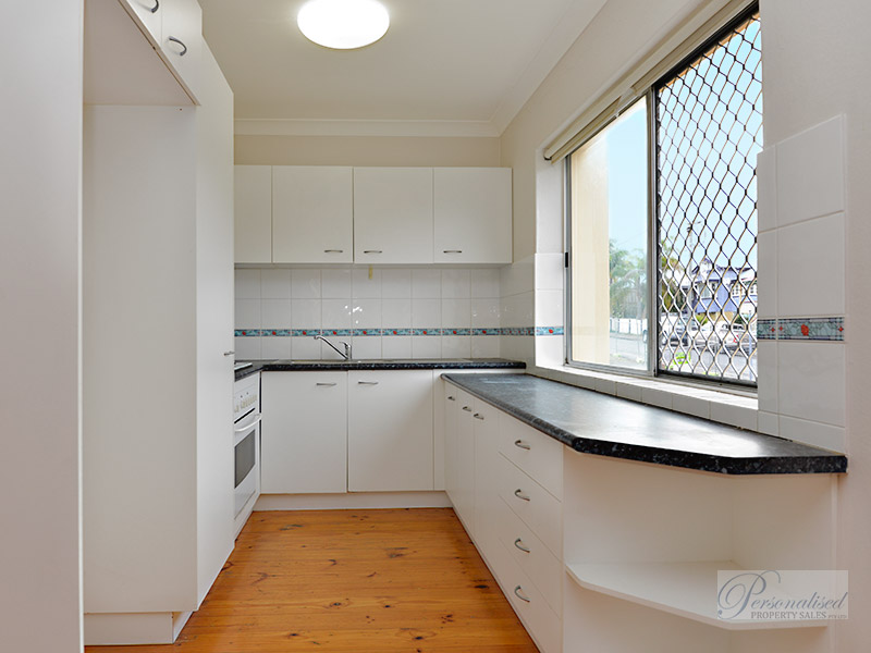 Personalised-Property-Sales-unit-for-sale-lutwyche-Brisbane-kitchen-88