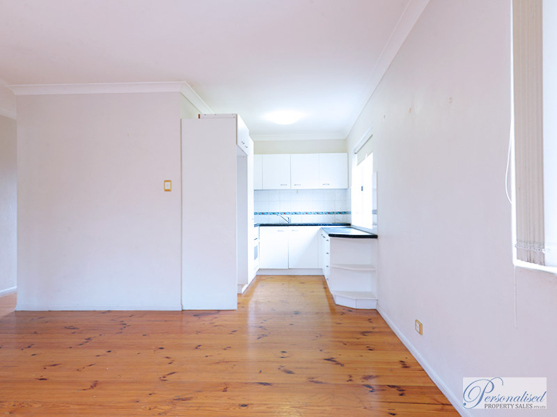Personalised-Property-Sales-unit-for-sale-lutwyche-brisbane-loung-kitchen-2015_101